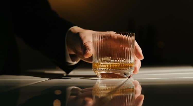 How You Can Learn to Enjoy Whisky