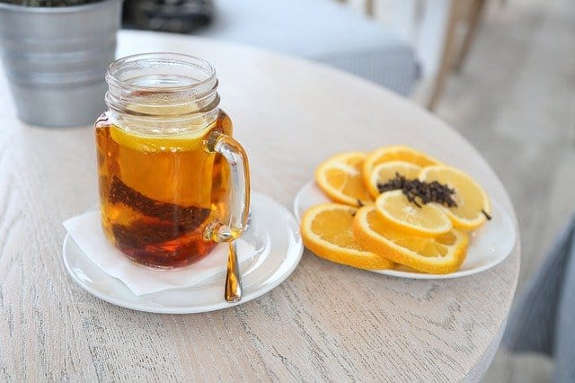 Hot Tea with Lemon and Cloves